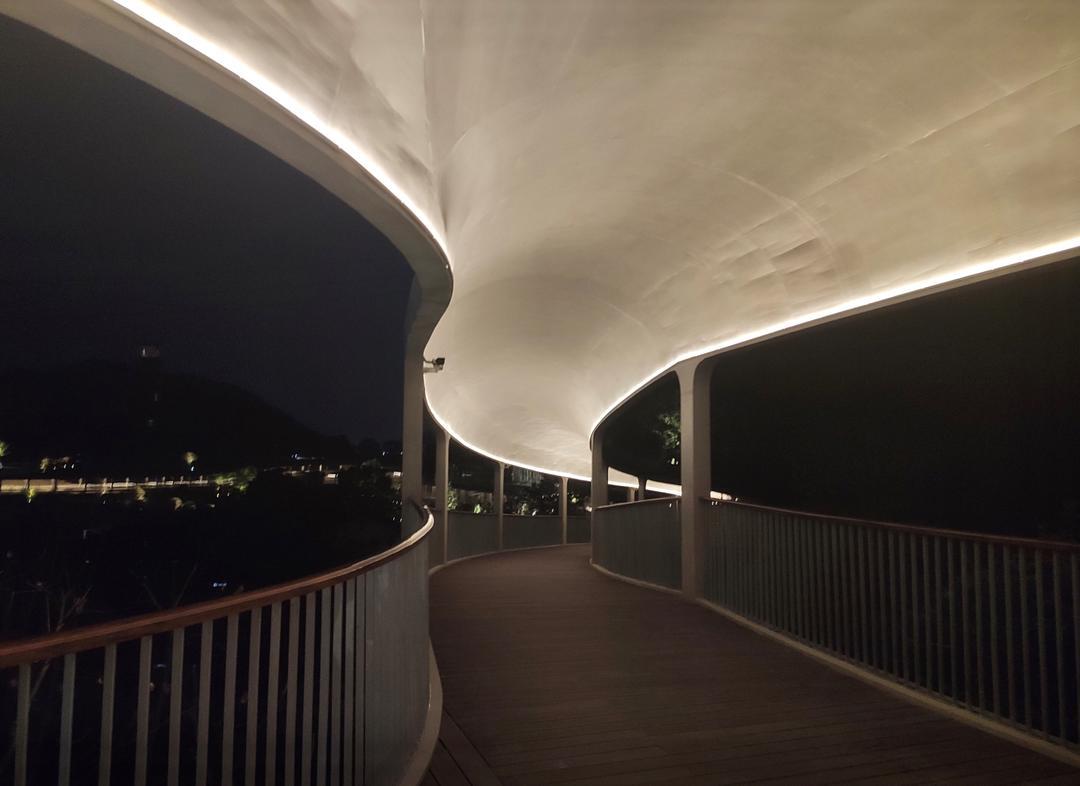 连廊照明  | 摄影:尹明